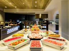 BUFFET-FOOD-3.jpg